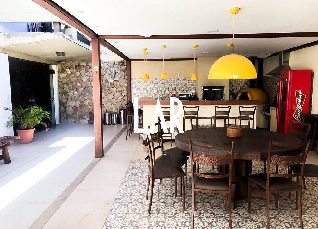 Foto Casa de 5 quartos à venda no São Luiz em Belo Horizonte - Imagem