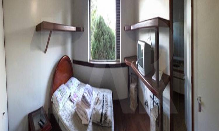 Foto Casa de 4 quartos à venda no São Luiz em Belo Horizonte - Imagem 08