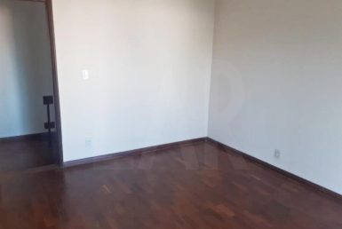 Foto Casa de 4 quartos para alugar no Colégio Batista em Belo Horizonte - Imagem 01