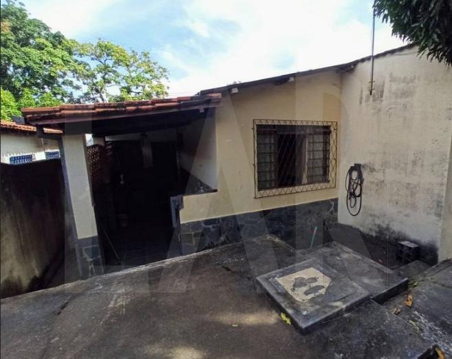 Foto Casa de 3 quartos à venda no Itapoã em Belo Horizonte - Imagem