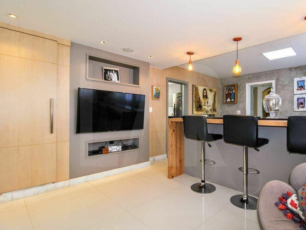 Foto Apartamento de 4 quartos à venda no Lourdes em Belo Horizonte - Imagem 04
