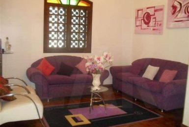 Foto Casa de 4 quartos para alugar no Jardim America em Belo Horizonte - Imagem 01