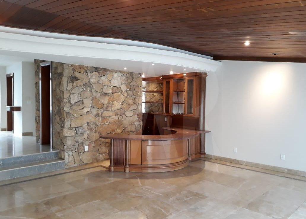 Foto Casa de 5 quartos para alugar no Bandeirantes (Pampulha) em Belo Horizonte - Imagem 03
