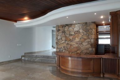 Foto Casa de 5 quartos para alugar no Bandeirantes (Pampulha) em Belo Horizonte - Imagem 01