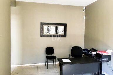 Foto Casa Comercial de 8 quartos à venda no Prado em Belo Horizonte - Imagem 01