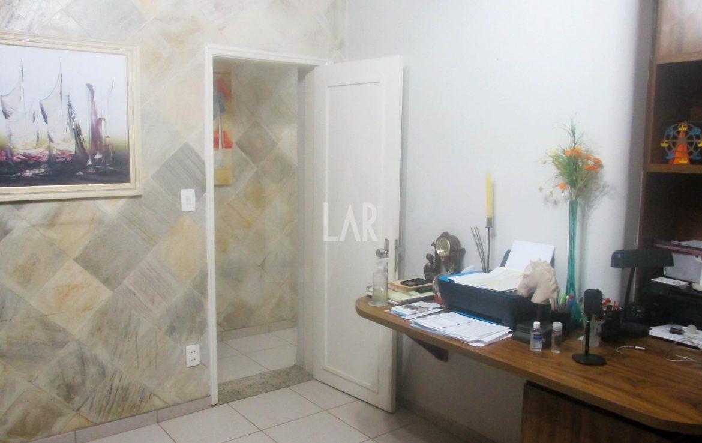 Foto Casa de 4 quartos à venda no Itapoã em Belo Horizonte - Imagem