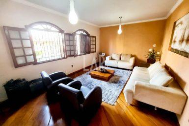 Foto Casa de 4 quartos à venda no Paquetá em Belo Horizonte - Imagem 01