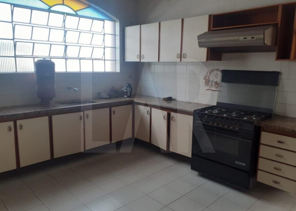 Foto Casa de 6 quartos para alugar no Palmares em Belo Horizonte - Imagem