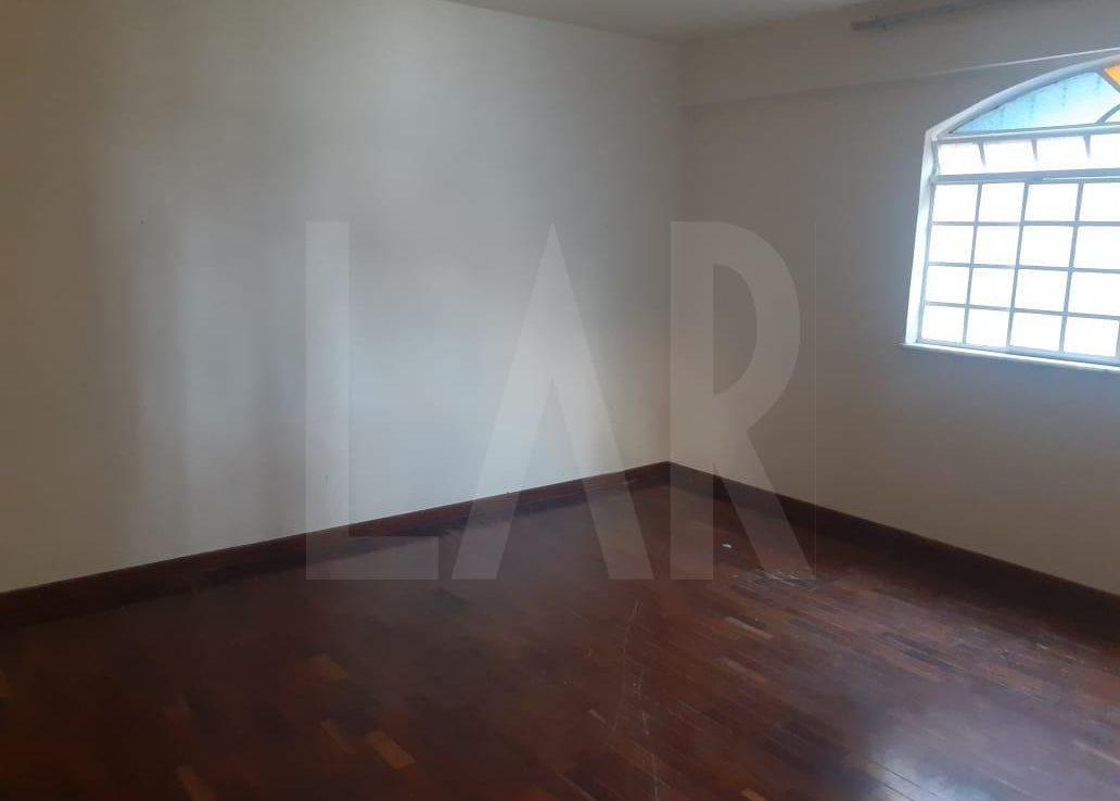 Foto Casa de 6 quartos para alugar no Palmares em Belo Horizonte - Imagem 03