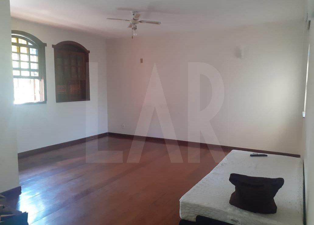 Foto Casa de 6 quartos para alugar no Palmares em Belo Horizonte - Imagem 05