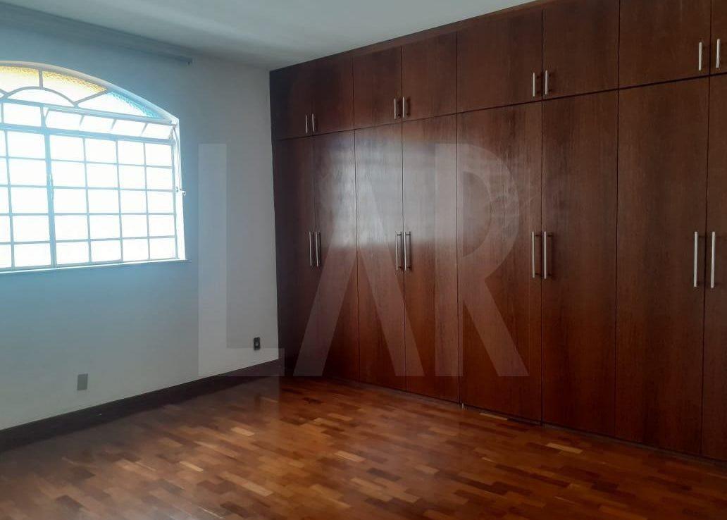 Foto Casa de 6 quartos para alugar no Palmares em Belo Horizonte - Imagem 07