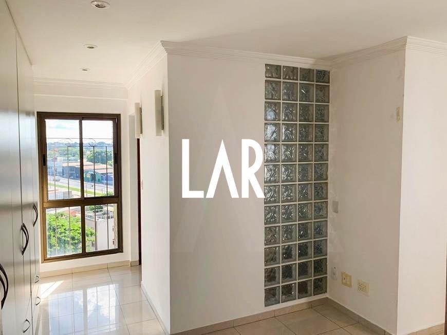 Foto Apartamento de 3 quartos à venda no Itapoã em Belo Horizonte - Imagem 02