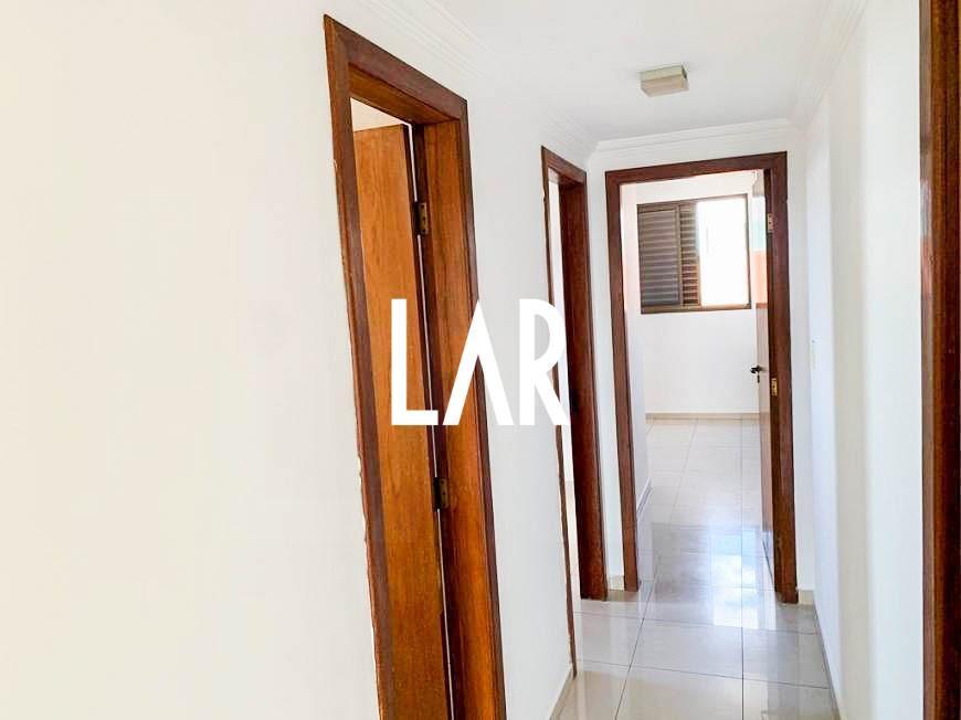 Foto Apartamento de 3 quartos à venda no Itapoã em Belo Horizonte - Imagem 03