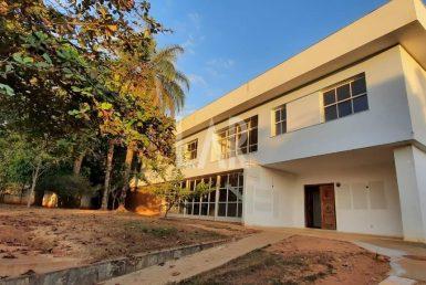 Foto Casa de 10 quartos para alugar no São Luiz em Belo Horizonte - Imagem 01