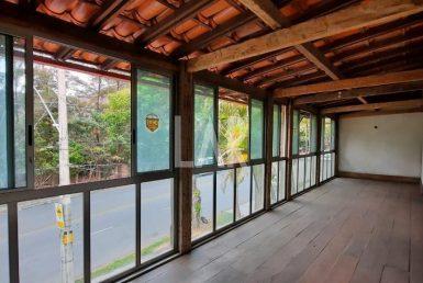 Foto Casa Comercial de 4 quartos para alugar no Belvedere em Belo Horizonte - Imagem 01