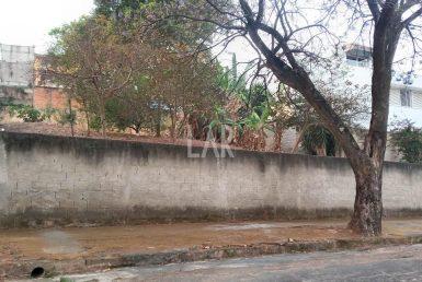 Foto Lote - Terreno à venda no São Luiz em Belo Horizonte - Imagem 01