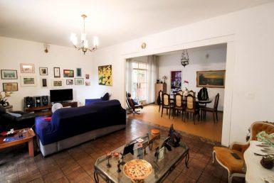 Foto Casa de 5 quartos à venda no Prado em Belo Horizonte - Imagem 01